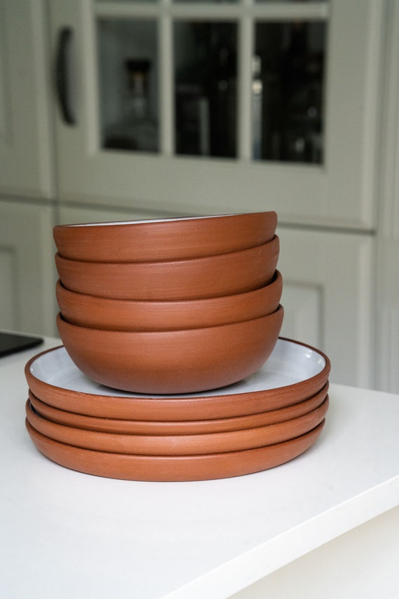 handmade Set of 2 bowls terracotta and metal straps