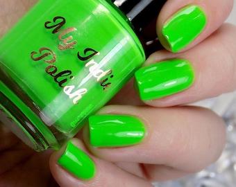 neon green nail polish  vegan cruelty free handmade  15ml