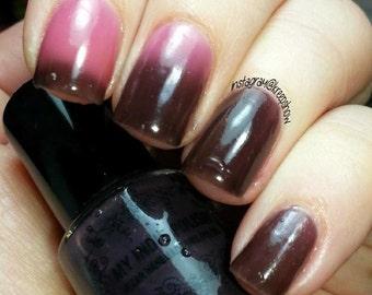 Thermal nail polish - ugly duckling -  5ml  - black to pink