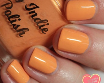Daisy me rolling  2019 spring cream nails