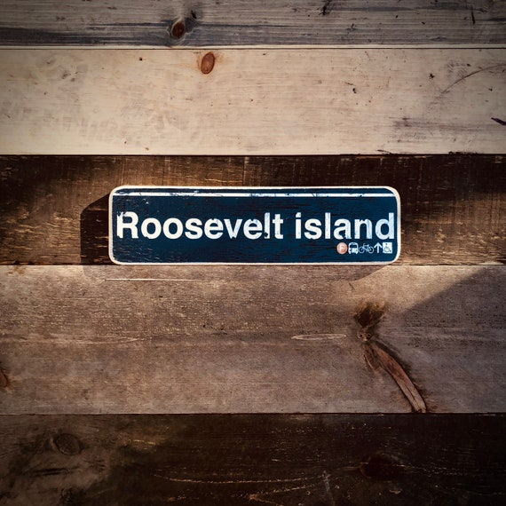 Roosevelt Island New York City Neighborhood Hand Crafted Horizontal Wood Sign - 4x15 in.