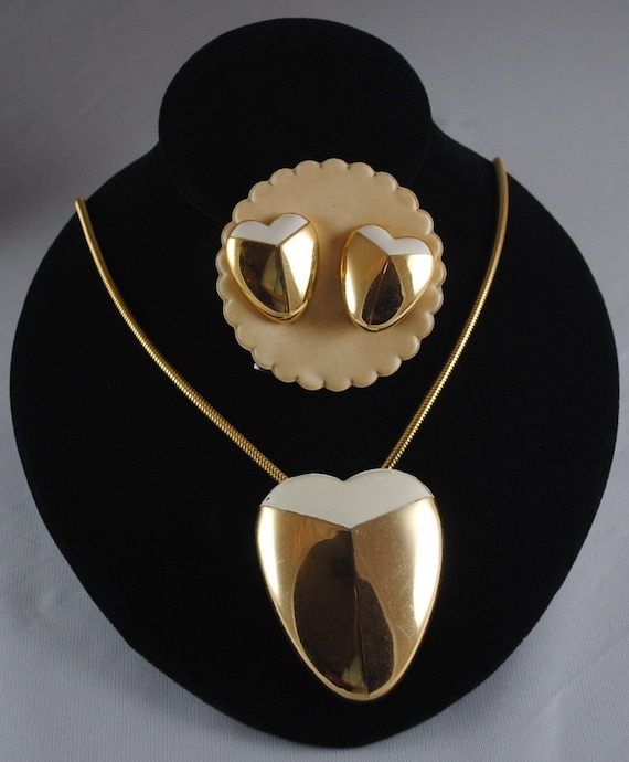 Vintage Lanvin Paris Heart Pendant & Earrings Set… - image 5