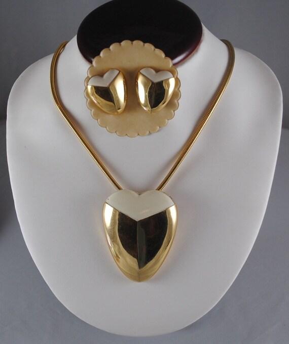 Vintage Lanvin Paris Heart Pendant & Earrings Set… - image 1