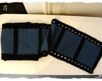Long crochet film scarf for cinefils