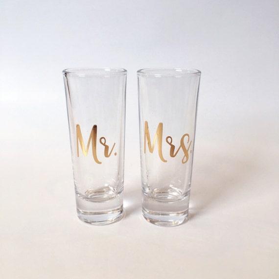 Set Aus 2 Mr Und Mrs Shot Glaser Geschenke Shot Glas Etsy