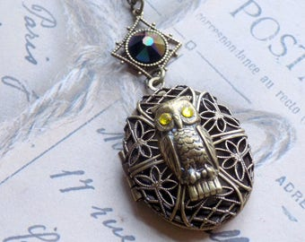 Aromatherapy Locket, Diffuser Locket, Essential Oil Locket, Owl Locket, Vintage Style Locket, Brass Locket, Essential Oils, Owl Necklace