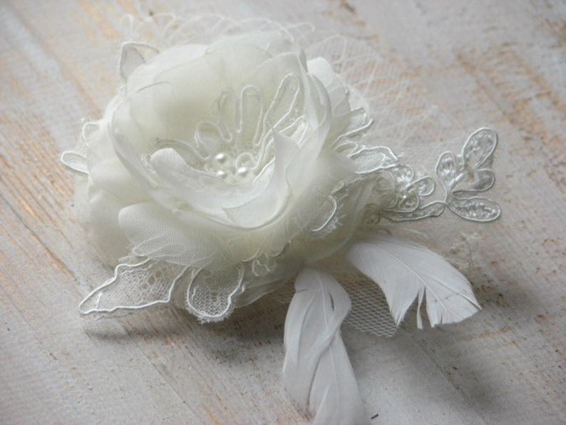 Ivory hair flower Wedding hair flower Lace headpiece Bridal lace hair piece Ivory headpiece Ivory veil Lace hair clips Wedding lace hair pin