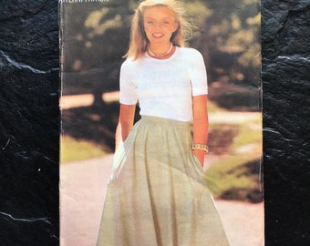 27ad6f046e0a54 Vintage Misses' Skirt Pattern // Butterick See & Sew 5825 > size Medium,  Med, M > flared, bias cut, pockets