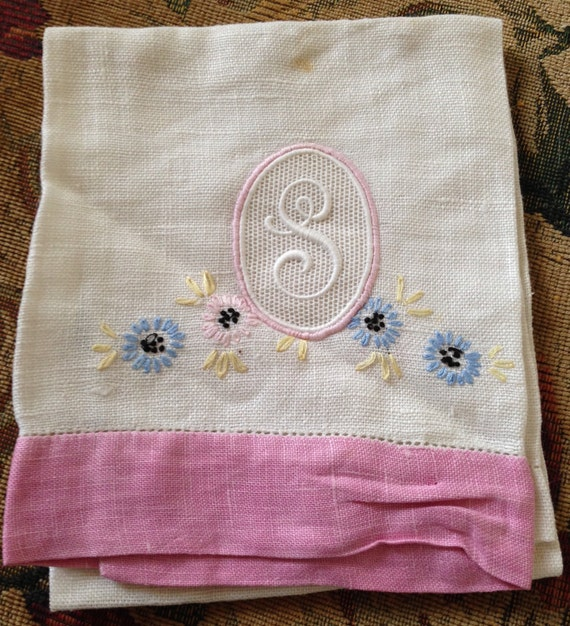 Vintage Linen Hand Or Tea Towel Monogram S // Drawn Cut