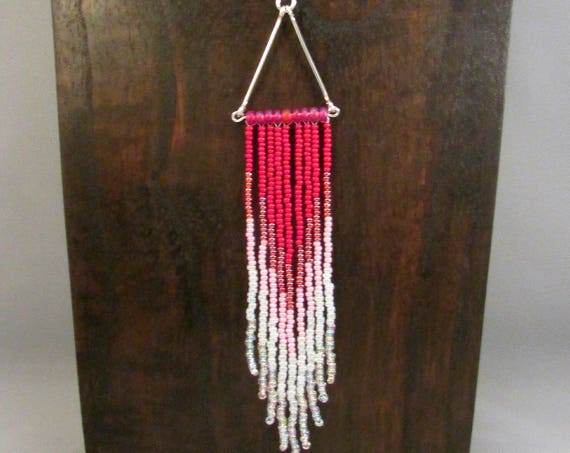 Beaded fringe necklace in pink