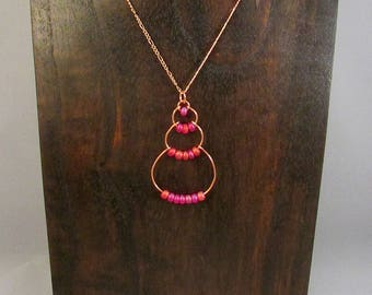 Copper wire bubble necklace with pink beads