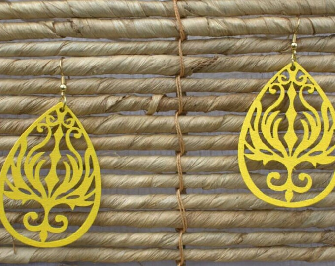 SALE! 10% off! Yellow wood cut-out drop earrings