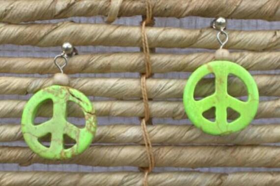 SALE! 10% off! Green peace sign earrings