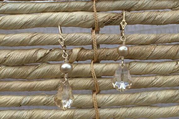 SALE! 10% off! Swarovski crystal teardrop earrings