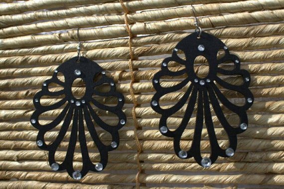 SALE! 10% off! Black wood and clear crystals drop earrings