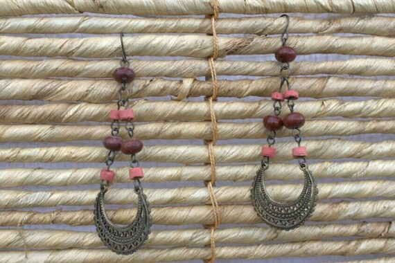 SALE! 10% off! Bronze dangling earrings