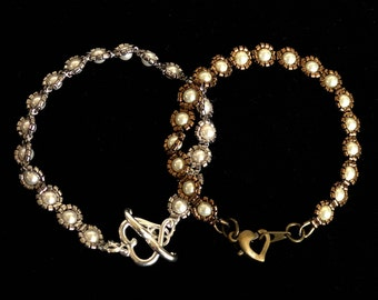 Anne Boleyns Everyday Pearl Bracelet