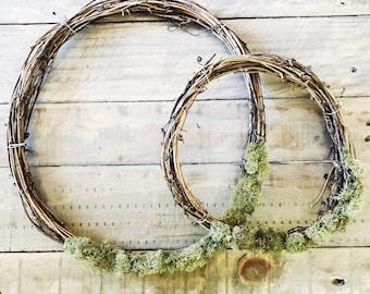 Spring Wreath / Easter Wreath / Grapevine Wreath / Moss Wreath / Natural Wreath / Farmhouse Wreath / Rustic Wreath / Boho Farmhouse