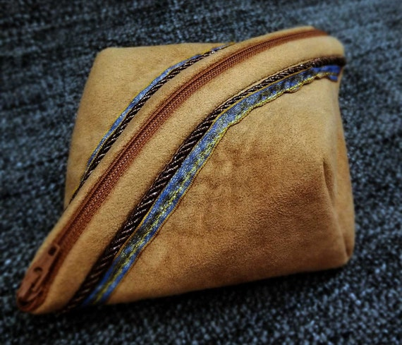 Pod Ditty Bag: Faux Suede with Sparkle Ribbon & Rope