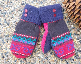 76305453a Sweater mittens