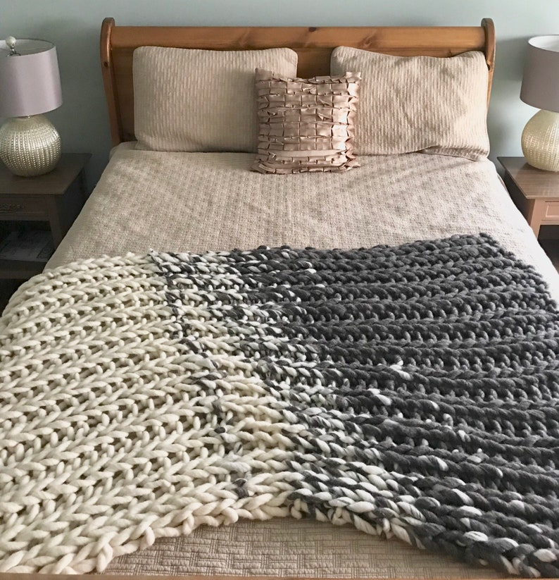 Chunky Knit Blanket cream and grey Knit Blanket Blankets image 0