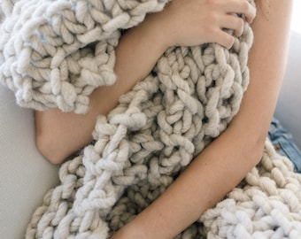 Large Chunky Blanket or throw, made with natural hand spun giant yarn, chunky knit blanket perfect on a bed or couch, its warm and cozy!