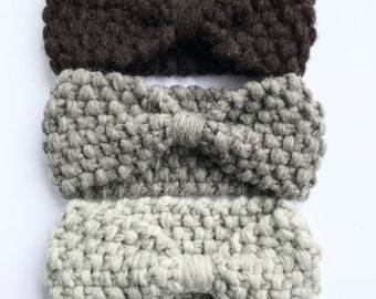 Wool headband that is warm and is a great hair accessory,  it's a classic gift for mom made with real Canadian wool, a sustainable product