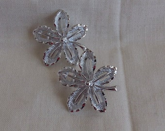 Sarah Coventry Ivy Clip Earrings 7783  Vintage, Silvery