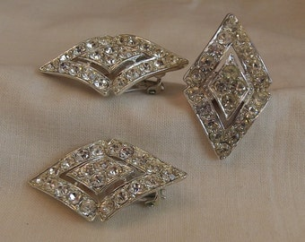 Sarah Coventry Parisienne Nights Clip Earrings 5118 and Ring 7847 Set           Vintage, Silvery