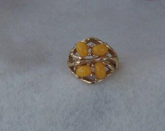 Sarah Coventry Honey Berries Adjustable Ring 5528  Vintage, Golden, Tangerine