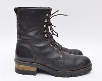 Vintage 90's Black Leather Lace Up Work Boots with Warn Lining / Black Leather Boots / Work Boots