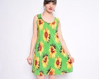 477b7a1e223 Vintage 90 s Sunflower Print Dress   Green Ribbed Floral Dress   Oversized  Sunflower Mini Dress - Size Large