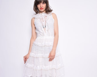 Vintage 80's White Lace Ruffled Dress / Sleeveless White Midi Dress - Size Small