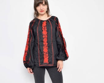 Vintage 90's Black Embroidered Blouse / Embroidered Folk Top / Long Sleeve Embroidered Shirt - Size Extra Large