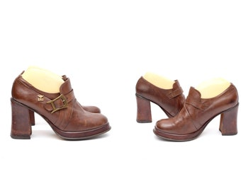 fcf84e57651 Vintage 90 s Brown Leather Chunky Heel Buckle Platform Loafers
