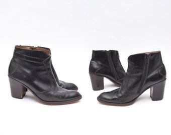 77c3289d1fc3 Vintage 90 s Black Leather Chunky Heel Ankle Boots with Side Zippers Made  in France   1970 s Style Black Boots