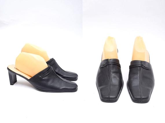 Vintage 90's Black Leather Chunk Heel Mules - image 1