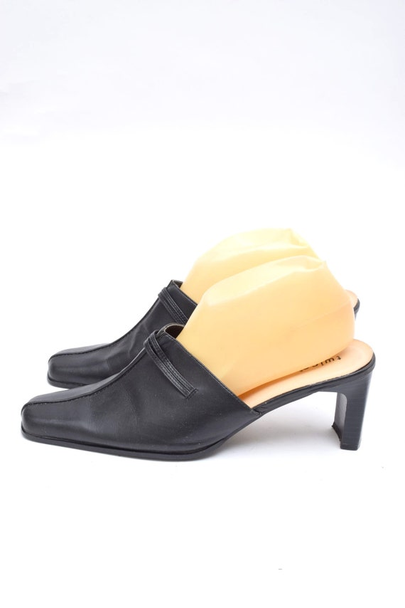 Vintage 90's Black Leather Chunk Heel Mules - image 2