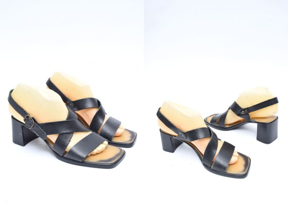 Vintage 90's Black Leather Strappy Sandals with Bu