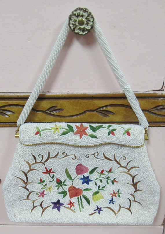 Beaded white purse tapestry pattern