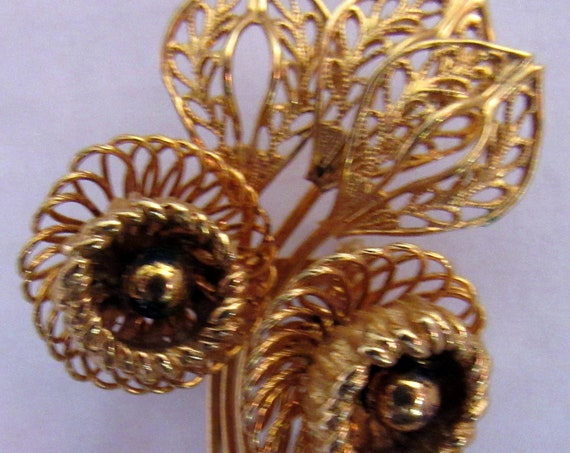 Coro gold tone floral brooch