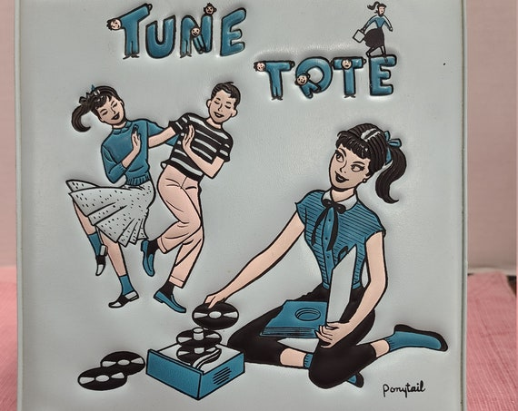 Tune Tote 45 record case with records