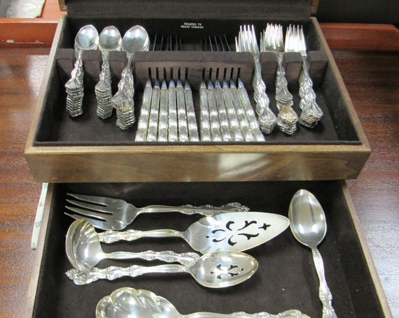 International Silverplate silver ware set