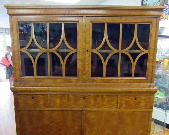 Art Deco Cabinet or bar