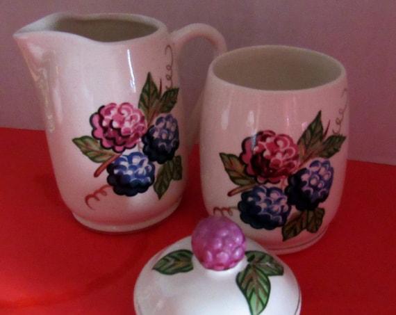 Knotts Berry Farm Sugar Bowl and Creamer