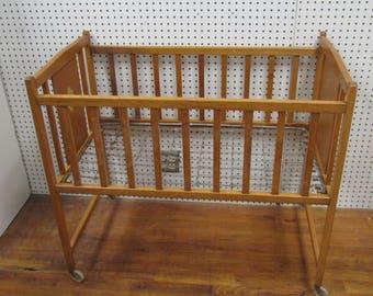 8006c99f3f2d Antique baby crib