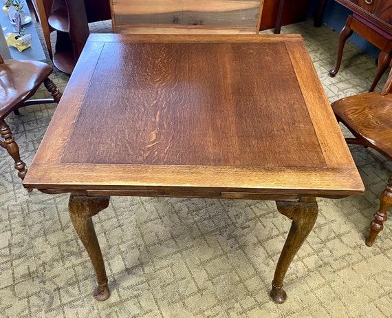 Oak dining table expandable