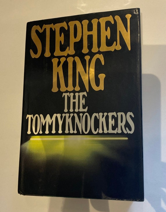 Stephen King The Tommyknockers First Edition book