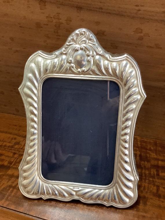 Sterling silver repose frame