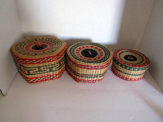 3 nesting baskets